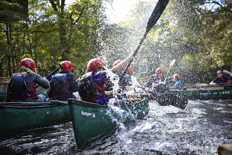 scouts-in-canoes-jpg